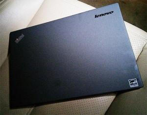 ThinkPad X240、車内で撮影した写真