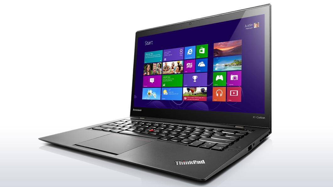新しいThinkPad X1 Carbon、前面画像