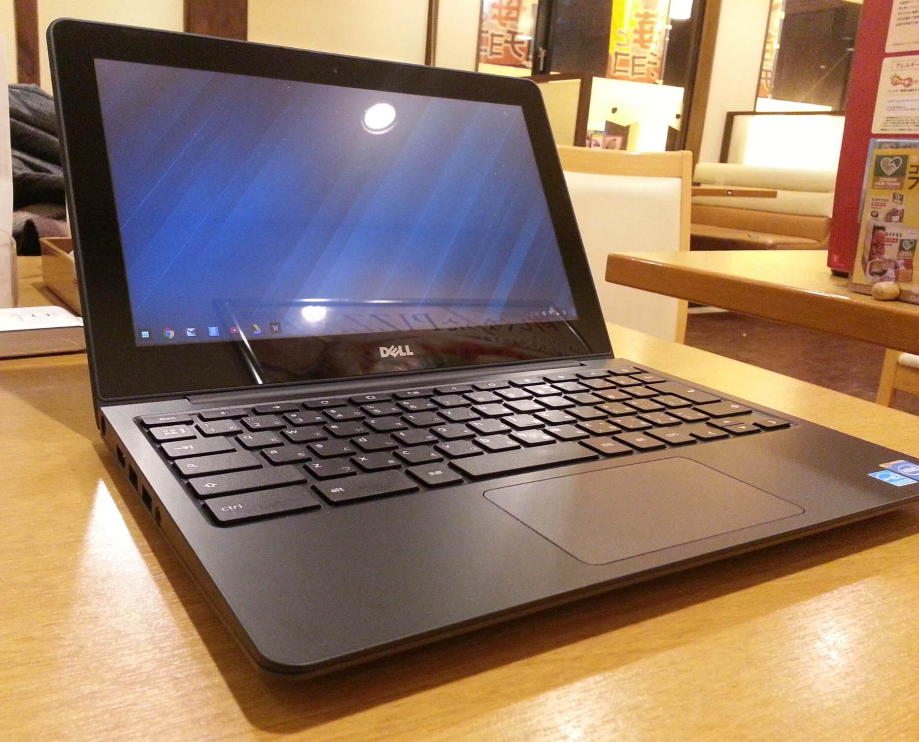 Dell Chromebook 11 全体写真