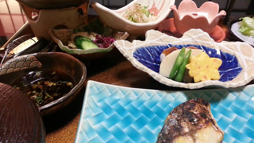 磯部温泉見晴館での夕食写真