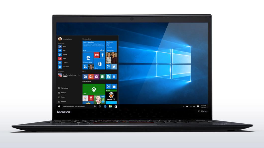 Windows10搭載ThinkPad X1 Carbon、正面からの画像