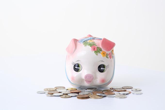 豚さん貯金箱と小銭