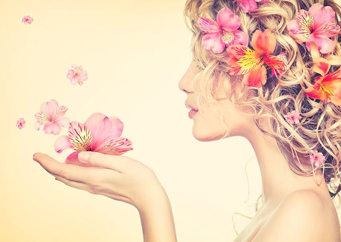 富士通ノートパソコンLIFEBOOK CH75/W Floral kiss アイキャッチ画像