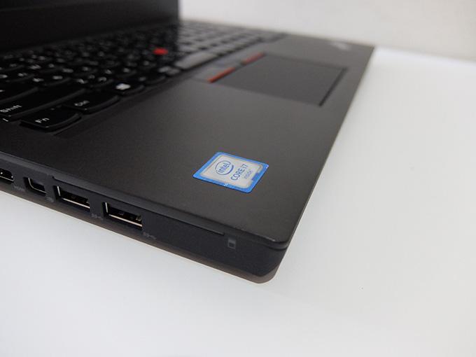 ThinkPad X260、Intel Core i7シールの画像