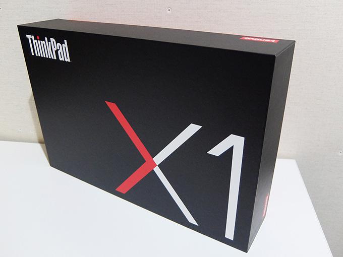 ThinkPad X1 Carbon、2016年モデル外箱写真