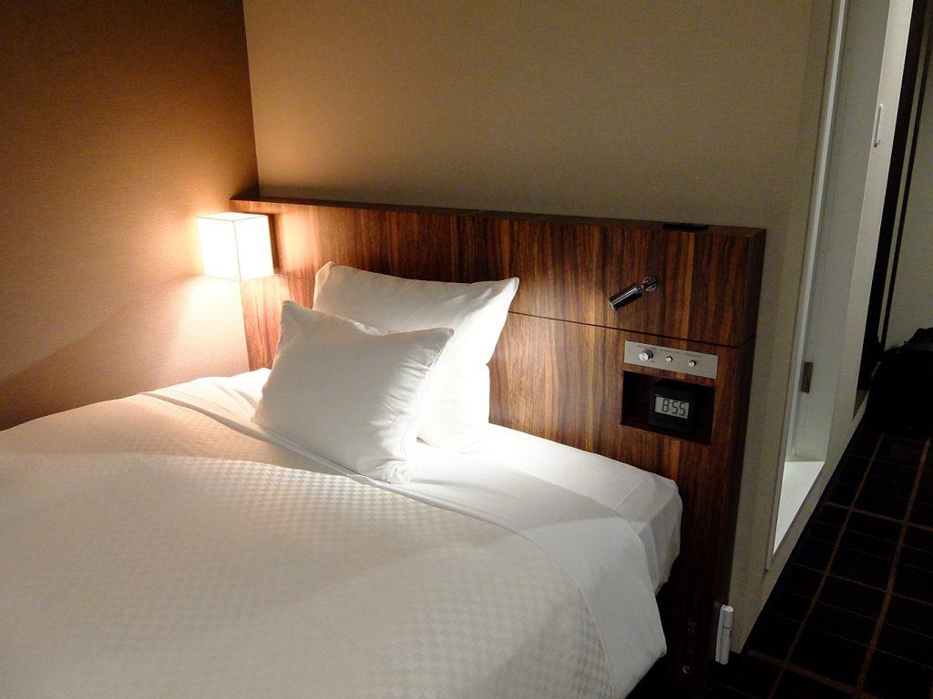 ホテルアール・メッツ宇都宮、ベッドの写真