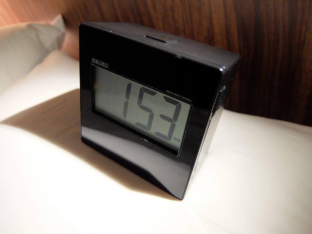 ホテルアール・メッツ宇都宮、目覚まし時計