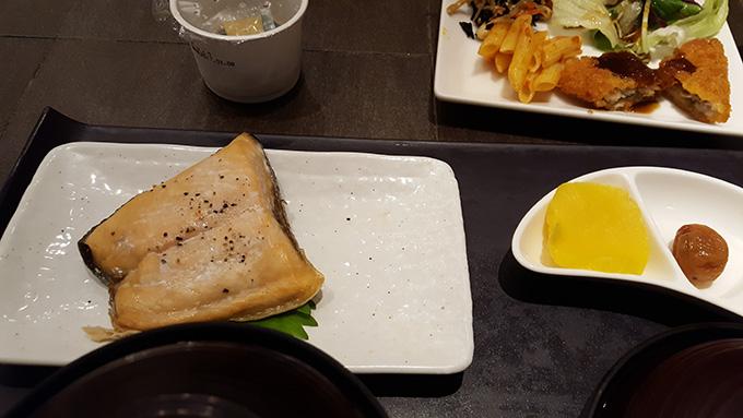 ホテルアール・メッツ宇都宮の朝食、和食プレート