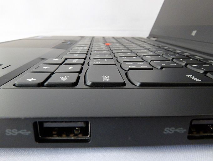 ThinkPad X1 Yoga、ラップトップモードでのキーの状態
