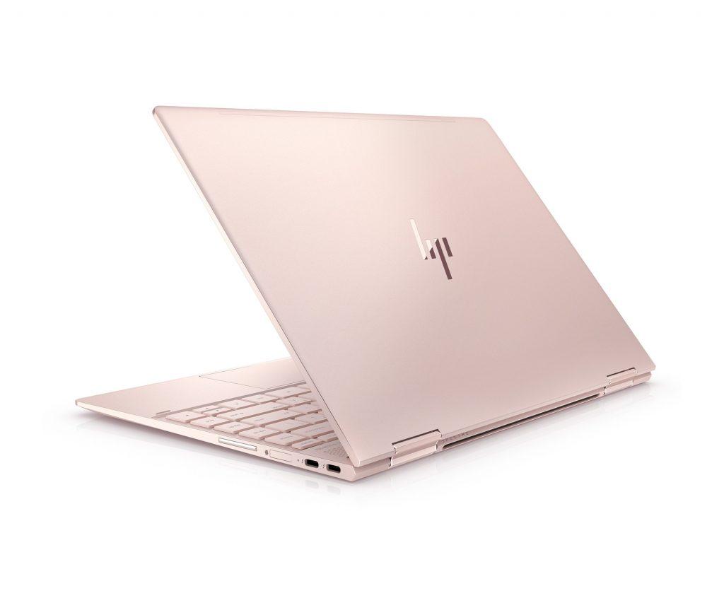 HP Spectre x360、ローズゴールド天板側からの写真