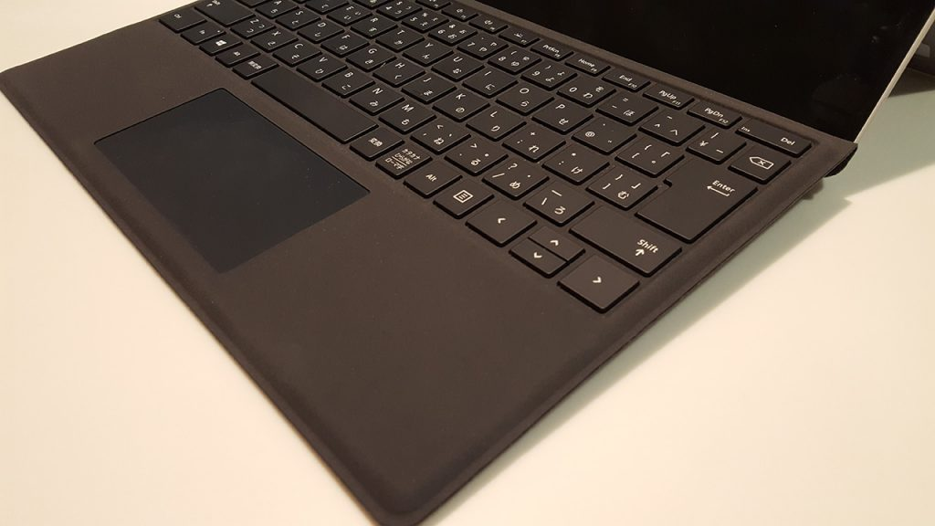 Surface Pro、タイプカバー部クローズアップ写真